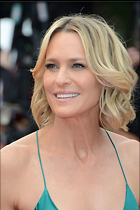 Celebrity Photo: Robin Wright Penn 1470x2207   180 kb Viewed 47 times @BestEyeCandy.com Added 63 days ago
