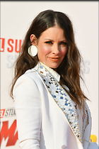 Celebrity Photo: Evangeline Lilly 1200x1800   259 kb Viewed 42 times @BestEyeCandy.com Added 147 days ago
