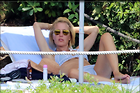 Celebrity Photo: Gillian Anderson 2750x1825   451 kb Viewed 112 times @BestEyeCandy.com Added 67 days ago
