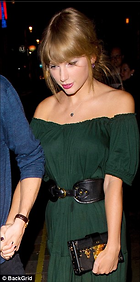 Celebrity Photo: Taylor Swift 306x616   46 kb Viewed 42 times @BestEyeCandy.com Added 95 days ago