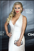 Celebrity Photo: Carmen Electra 1200x1800   288 kb Viewed 91 times @BestEyeCandy.com Added 43 days ago