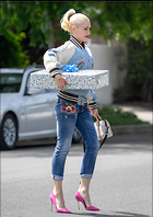 Celebrity Photo: Gwen Stefani 10 Photos Photoset #362386 @BestEyeCandy.com Added 166 days ago