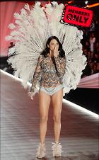 Celebrity Photo: Adriana Lima 2000x3222   5.0 mb Viewed 6 times @BestEyeCandy.com Added 211 days ago