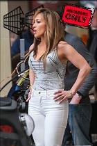 Celebrity Photo: Jennifer Lopez 2200x3300   2.4 mb Viewed 4 times @BestEyeCandy.com Added 2 days ago