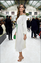 Celebrity Photo: Izabel Goulart 800x1210   124 kb Viewed 33 times @BestEyeCandy.com Added 45 days ago