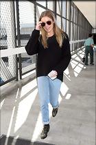 Celebrity Photo: LeAnn Rimes 1200x1800   352 kb Viewed 9 times @BestEyeCandy.com Added 58 days ago
