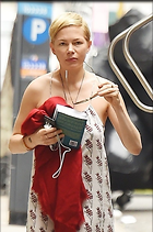 Celebrity Photo: Michelle Williams 800x1205   135 kb Viewed 42 times @BestEyeCandy.com Added 106 days ago