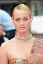 Celebrity Photo: Amber Valletta 1200x1801   237 kb Viewed 24 times @BestEyeCandy.com Added 37 days ago