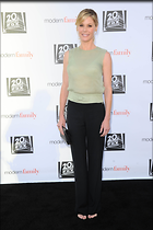 Celebrity Photo: Julie Bowen 2100x3150   430 kb Viewed 57 times @BestEyeCandy.com Added 101 days ago