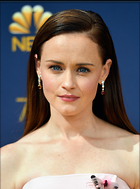 Celebrity Photo: Alexis Bledel 757x1024   159 kb Viewed 55 times @BestEyeCandy.com Added 120 days ago