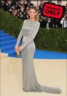 Celebrity Photo: Gisele Bundchen 2115x3000   1.4 mb Viewed 4 times @BestEyeCandy.com Added 12 days ago