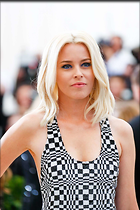 Celebrity Photo: Elizabeth Banks 1400x2100   209 kb Viewed 83 times @BestEyeCandy.com Added 463 days ago
