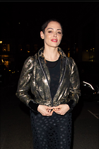 Celebrity Photo: Rose McGowan 1200x1800   226 kb Viewed 9 times @BestEyeCandy.com Added 22 days ago