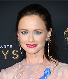 Celebrity Photo: Alexis Bledel 1200x1399   243 kb Viewed 57 times @BestEyeCandy.com Added 40 days ago