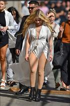Celebrity Photo: Avril Lavigne 681x1024   195 kb Viewed 91 times @BestEyeCandy.com Added 114 days ago