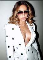 Celebrity Photo: Beyonce Knowles 927x1280   219 kb Viewed 36 times @BestEyeCandy.com Added 67 days ago