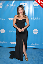 Celebrity Photo: Sophia Bush 2100x3150   742 kb Viewed 28 times @BestEyeCandy.com Added 6 days ago