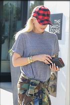 Celebrity Photo: Gwen Stefani 1200x1800   258 kb Viewed 12 times @BestEyeCandy.com Added 54 days ago