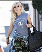 Celebrity Photo: Gwen Stefani 1200x1493   213 kb Viewed 18 times @BestEyeCandy.com Added 51 days ago