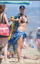 Celebrity Photo: Gwen Stefani 1000x1600   239 kb Viewed 59 times @BestEyeCandy.com Added 48 days ago