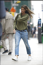 Celebrity Photo: Gisele Bundchen 2240x3352   1,119 kb Viewed 15 times @BestEyeCandy.com Added 28 days ago