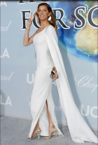 Celebrity Photo: Gisele Bundchen 1600x2355   600 kb Viewed 30 times @BestEyeCandy.com Added 26 days ago