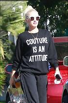 Celebrity Photo: Gwen Stefani 10 Photos Photoset #381363 @BestEyeCandy.com Added 116 days ago