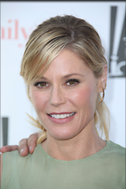 Celebrity Photo: Julie Bowen 50 Photos Photoset #366438 @BestEyeCandy.com Added 652 days ago