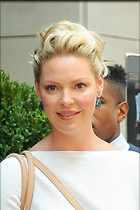 Celebrity Photo: Katherine Heigl 1200x1800   226 kb Viewed 148 times @BestEyeCandy.com Added 310 days ago