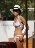 Celebrity Photo: Bethenny Frankel 1200x1640   138 kb Viewed 68 times @BestEyeCandy.com Added 251 days ago