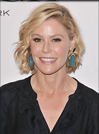 Celebrity Photo: Julie Bowen 1200x1608   290 kb Viewed 119 times @BestEyeCandy.com Added 387 days ago