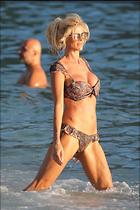 Celebrity Photo: Victoria Silvstedt 1280x1920   304 kb Viewed 103 times @BestEyeCandy.com Added 91 days ago