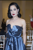 Celebrity Photo: Dita Von Teese 1200x1800   241 kb Viewed 58 times @BestEyeCandy.com Added 74 days ago