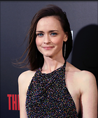 Celebrity Photo: Alexis Bledel 2491x3000   1,069 kb Viewed 24 times @BestEyeCandy.com Added 66 days ago