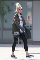Celebrity Photo: Gwen Stefani 1200x1800   183 kb Viewed 7 times @BestEyeCandy.com Added 16 days ago