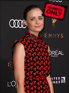 Celebrity Photo: Alexis Bledel 2660x3600   1.3 mb Viewed 0 times @BestEyeCandy.com Added 28 days ago
