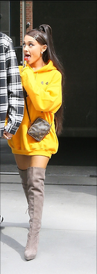 Celebrity Photo: Ariana Grande 560x1580   293 kb Viewed 11 times @BestEyeCandy.com Added 25 days ago