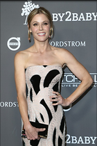 Celebrity Photo: Julie Bowen 800x1199   107 kb Viewed 102 times @BestEyeCandy.com Added 226 days ago