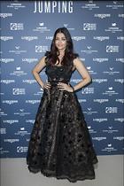 Celebrity Photo: Aishwarya Rai 1200x1800   320 kb Viewed 52 times @BestEyeCandy.com Added 253 days ago