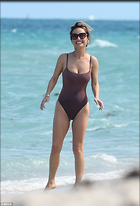 Celebrity Photo: Giada De Laurentiis 5 Photos Photoset #405366 @BestEyeCandy.com Added 37 days ago
