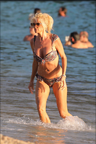 Celebrity Photo: Victoria Silvstedt 1280x1920   313 kb Viewed 58 times @BestEyeCandy.com Added 91 days ago
