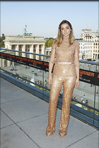 Celebrity Photo: Ana De Armas 683x1024   232 kb Viewed 52 times @BestEyeCandy.com Added 40 days ago