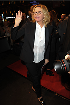 Celebrity Photo: Kim Cattrall 1200x1800   166 kb Viewed 32 times @BestEyeCandy.com Added 65 days ago