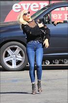 Celebrity Photo: Gwen Stefani 12 Photos Photoset #385024 @BestEyeCandy.com Added 86 days ago