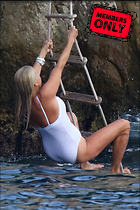 Celebrity Photo: Christie Brinkley 2087x3130   2.5 mb Viewed 4 times @BestEyeCandy.com Added 46 days ago