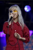 Celebrity Photo: Hayley Williams 1200x1800   180 kb Viewed 113 times @BestEyeCandy.com Added 392 days ago