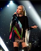 Celebrity Photo: Gwen Stefani 1200x1495   176 kb Viewed 34 times @BestEyeCandy.com Added 38 days ago