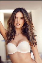 Celebrity Photo: Alessandra Ambrosio 1000x1500   139 kb Viewed 13 times @BestEyeCandy.com Added 14 days ago
