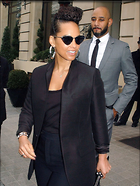 Celebrity Photo: Alicia Keys 6 Photos Photoset #359762 @BestEyeCandy.com Added 163 days ago