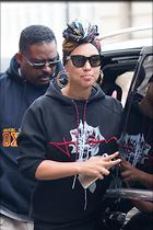 Celebrity Photo: Alicia Keys 1200x1800   271 kb Viewed 123 times @BestEyeCandy.com Added 562 days ago